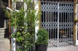 Nůžkové mříže - restaurace Acapulco